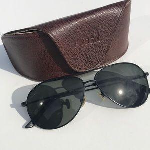 Fossil Dallas Black Aviator Sunglasses with Case